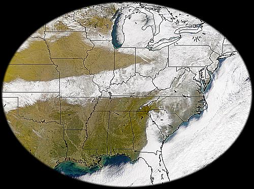 band of snow covere across middle and eastern U.S.